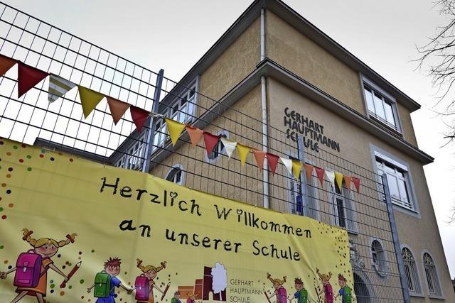 Verein und Stadtverwaltung uneins über Umbenennung einer Freiburger Schule