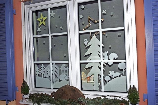 24 Fenster für Adventskalender gesucht