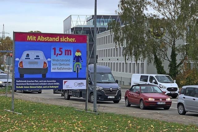 Plakatkampagne für Radlerschutz