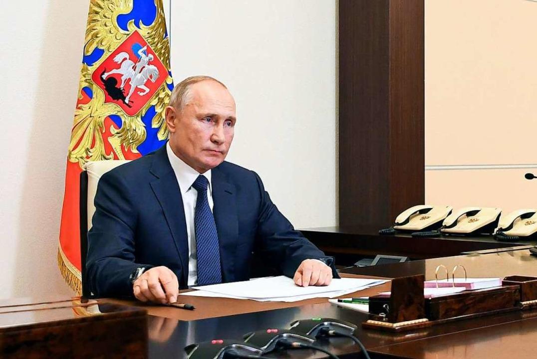 Wladimir Putin, Präsident von Russland...rklärung zur Lage in Berg-Karabach ab.  | Foto: Alexei Nikolsky (dpa)