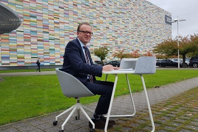 Beim südbadischen Büromöbelhersteller Sedus Stoll hat der schwere Chefsessel ausgedient