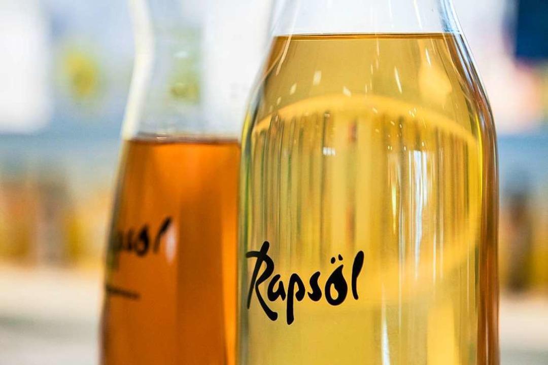 Wertvoll: Rapsöl enthält viele gesunde ungesättigte Fettsäuren.    Foto: Robert Günther
