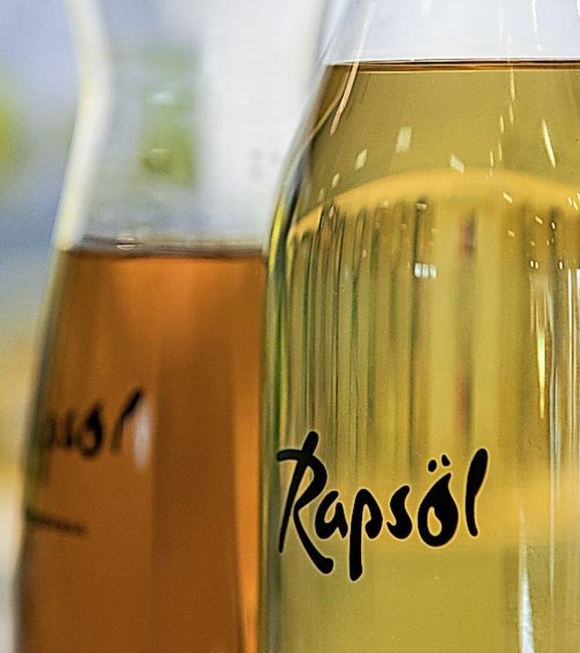 Wertvoll: Rapsöl enthält viele gesunde ungesättigte Fettsäuren.  | Foto: Robert Günther
