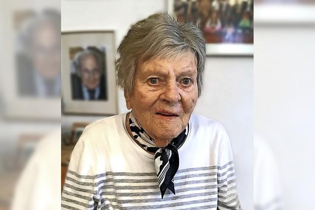 Ehemalige Freiburger Ärztin Friedel Bauer feiert ihren 100. Geburtstag