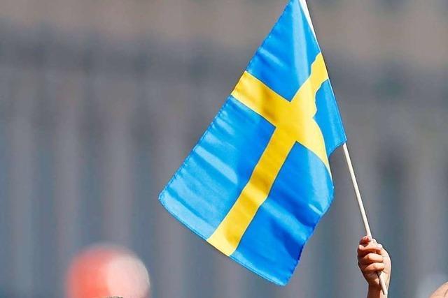 Schweden ändert Corona-Kurs und schränkt Versammlungen ein
