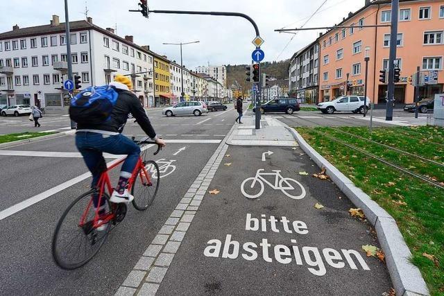 Über die Freiburger Verkehrswende entbrennt ein Streit