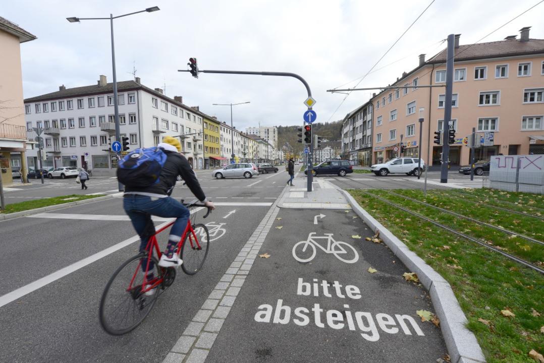 Am Friedrichring wurde der Rad-Streife...g wohl auch an anderen Stellen folgen.  | Foto: Ingo Schneider