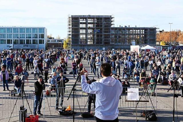 Behörden prüfen Anne-Frank-Vergleich auf Karlsruher