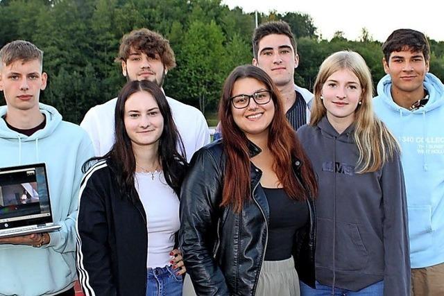 Junge Erwachsene kämpfen gegen Armut