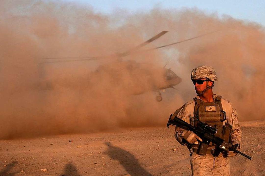 Symbolbild aus dem Jahr 2017: Ein US-M...növer mit der afghanischen Armee teil.  | Foto: Massoud Hossaini