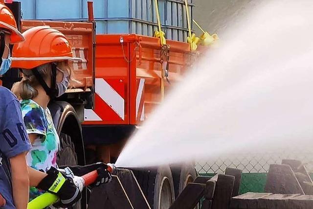 Wer zur Feuerwehr in Denzlingen und Gundelfingen will, muss auf die Warteliste