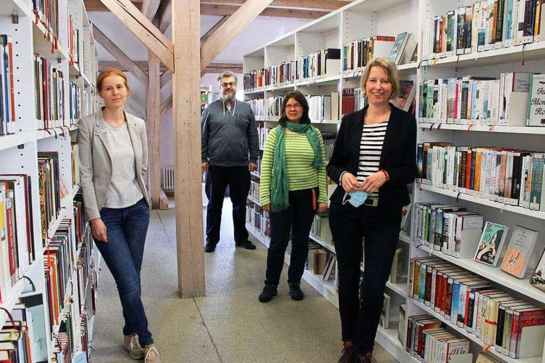 Arbeiten daran, dass immer genügend Le... Hub, Anne Schäble und Sabine Dietrich  | Foto: Annika Sindlinger