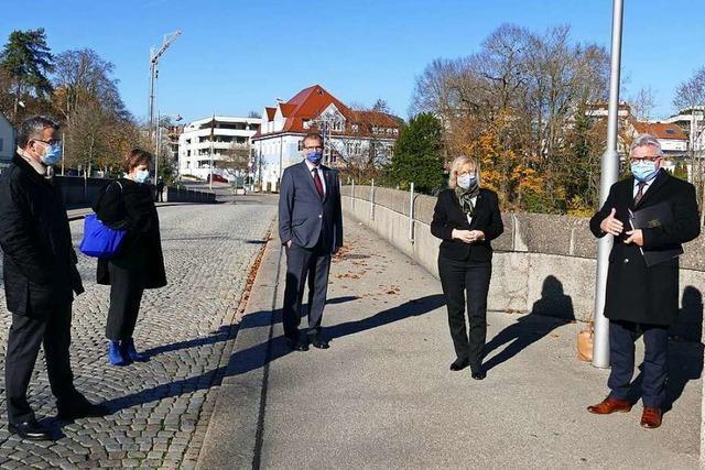 Politiker setzen in Rheinfelden ein Zeichen für offene Grenzen