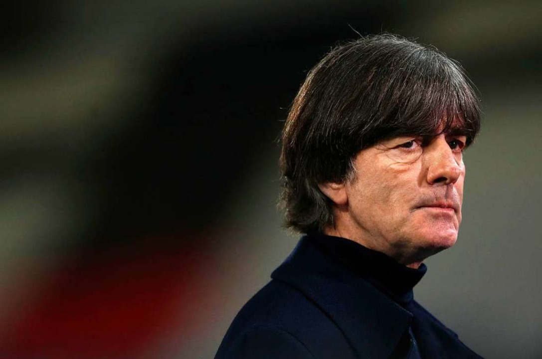 Bundestrainer Joachim Löw wirkte nach ...:6 gegen Spanien fast schon apathisch.  | Foto: RONNY HARTMANN (AFP)