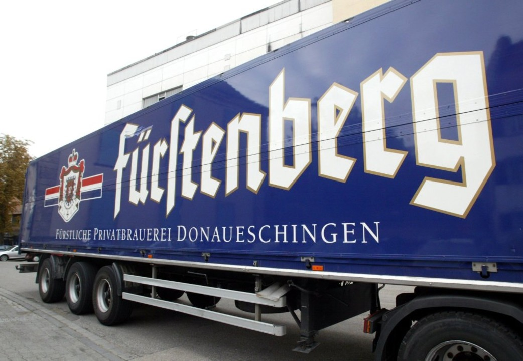 Ein Lkw der Fürstenberg-Brauerei  | Foto: dpa