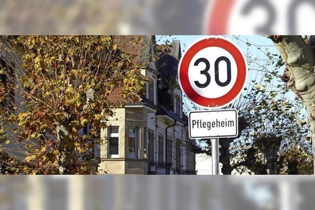 Neues Tempolimit an der Hochburger Straße