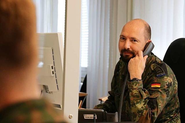 Gesundheitsamt stockt Zahl der Soldaten auf und zieht in neue Zentrale in Freiburg