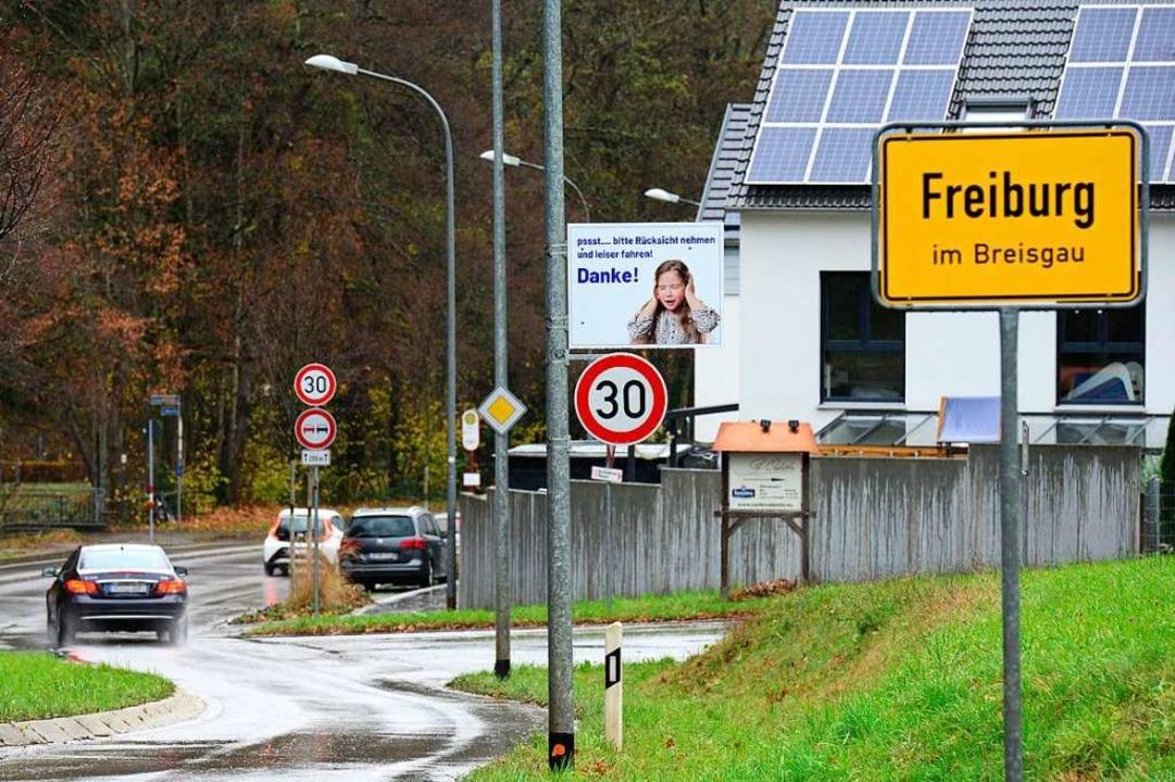 Auch direkt ab dem südlichen Ortseingang von Günterstal gilt nun Tempo 30.    Foto: Ingo Schneider