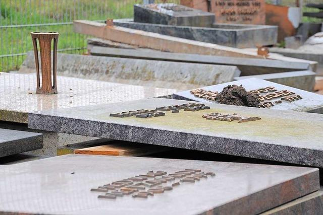 Warum alte Grabsteine in Schopfheim eine Gnadenfrist bekommen