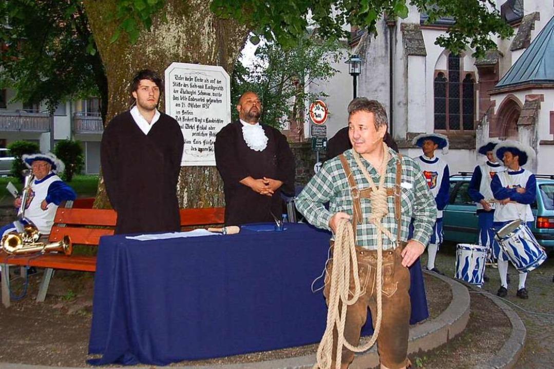 Unter der Gerichtslinde in der Schönau...l Böhler, der später umgebracht wurde.    Foto: Ulrike Jäger