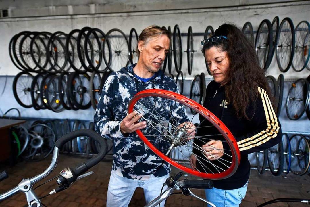 "Tobias Buderer und Ivonne Buderer-Hidalgo von ""Bud's Bikes""  | Foto: Thomas Kunz"