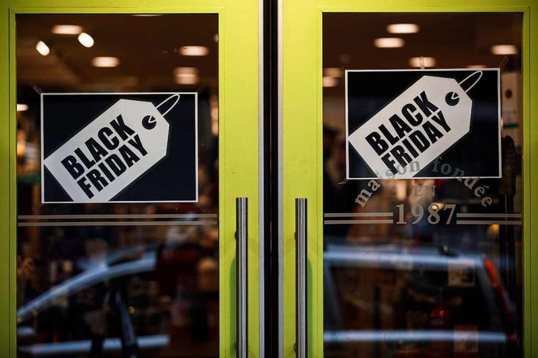 Aus den USA eingeführt: der Aktionstag Black Friday im Handel     Foto: SAMEER AL-DOUMY (AFP)