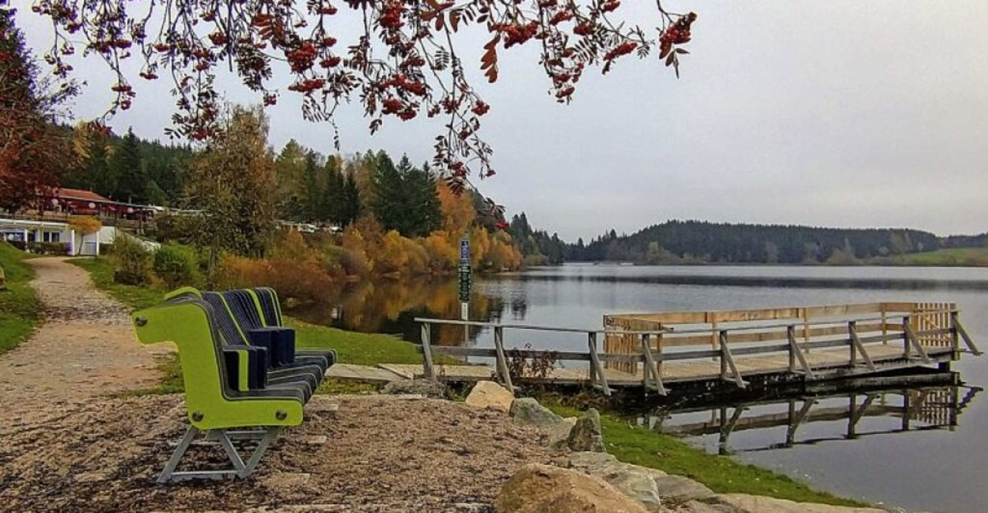 Still ruht der See: Keine Spur mehr vo...rn, die es unterm Jahr hierher zieht.   | Foto: Andreas Strepenick