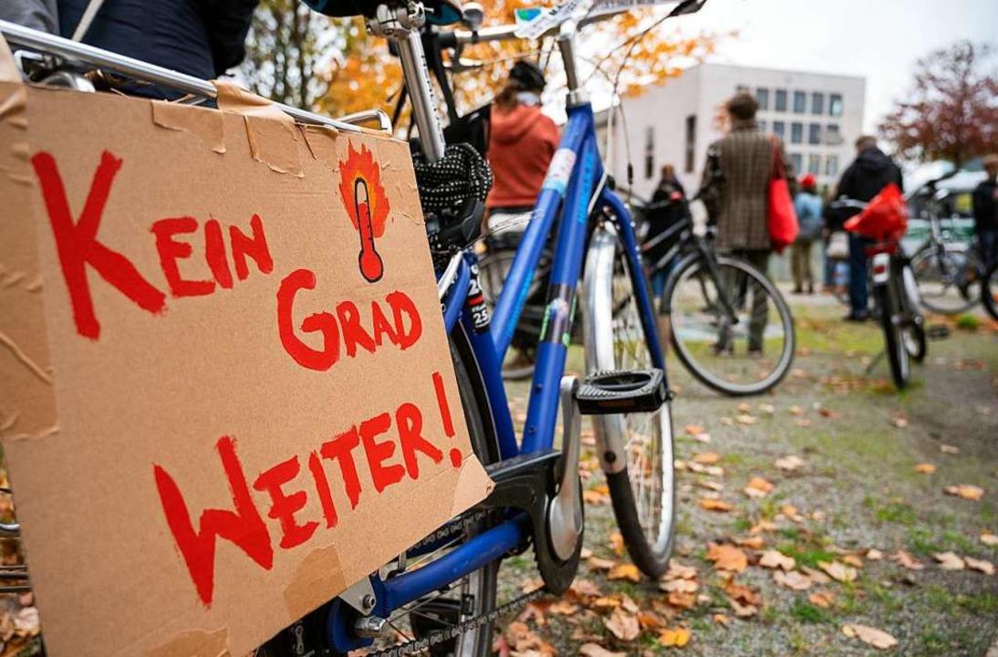 Das Ziel der Klimabewegung ist klar.  | Foto: Christophe Gateau (dpa)