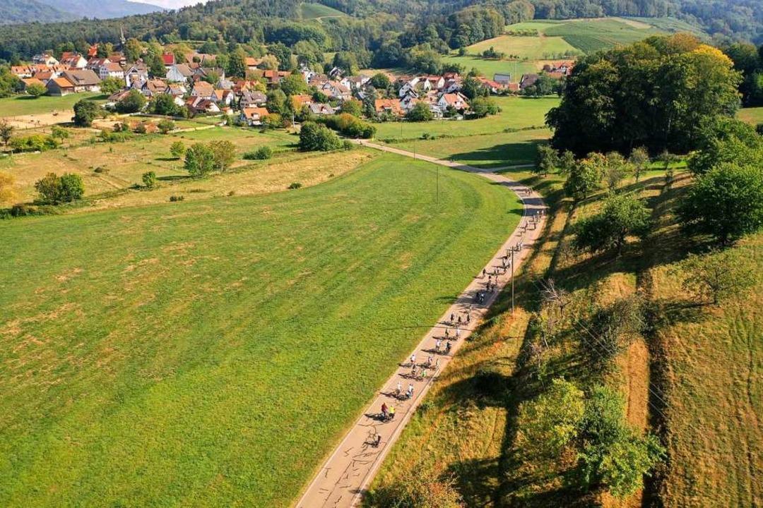 Die Gundelfinger Straße könnte nach de...eptember fand dort eine Radtour statt.  | Foto: Bürgerrunde Heuweiler