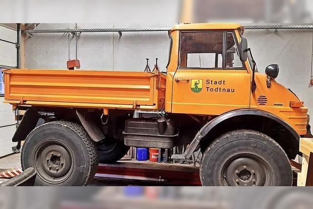 Schweizer Allradfahrzeug ersetzt Unimog in Todtnau
