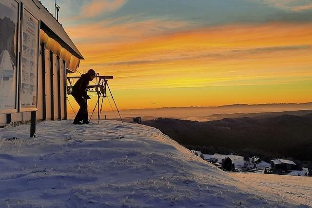 Frühmorgendlicher Blick auf die Alpen