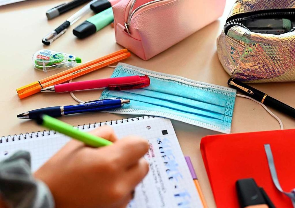 Wann geht es für die Schülerinnen und Schüler in die Ferien?    Foto: Uli Deck (dpa)