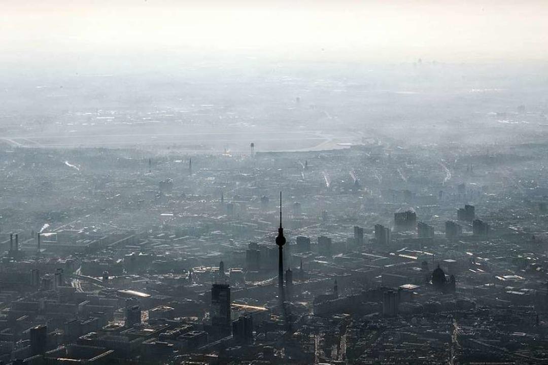 Berlin unter einer Dunstglocke   | Foto: Federico Gambarini (dpa)