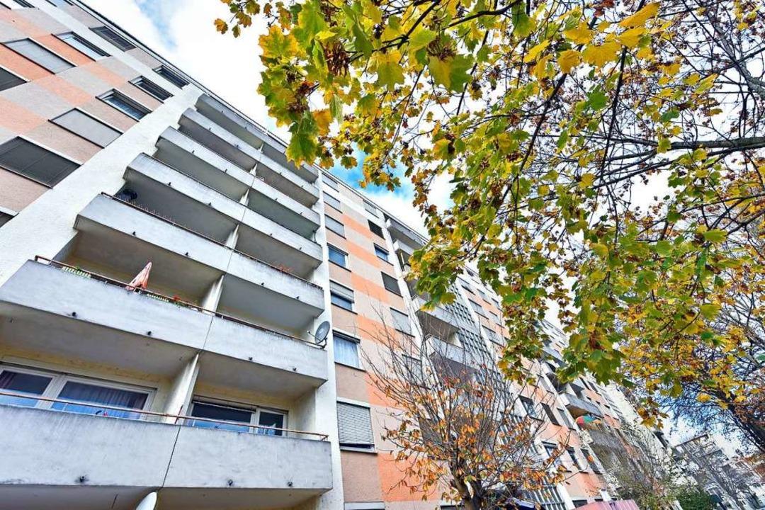 Die Wohnungen des Komplexes Sulzburger...au-Beschluss kam für viele unerwartet.  | Foto: Michael Bamberger