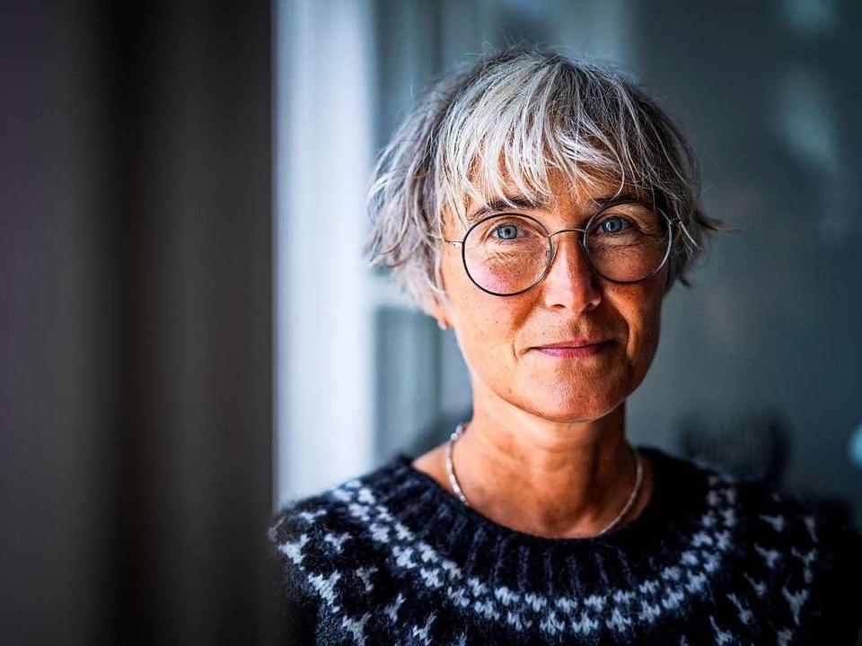 Andrea Paluch ist Autorin und Literatu...Grünen-Chef Robert Habeck verheiratet.  | Foto: Dominik Butzmann/Ellert & Richter Verlag