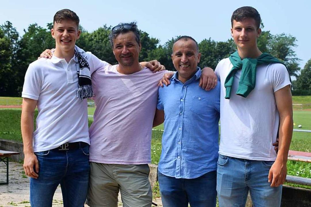 Wiedersehen vor zwei Jahren beim SV Br...jährigen Teamkollegen Nicolai Placzek.    Foto: Cecile Buchholz