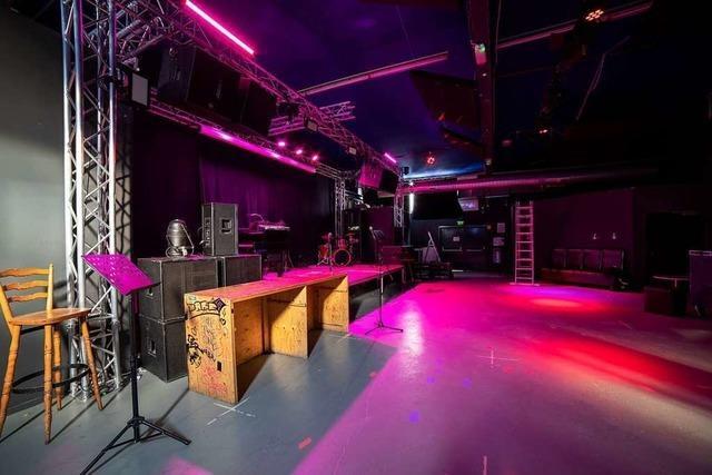 Leere Tanzflächen und Theken in den Freiburger Nachtclubs