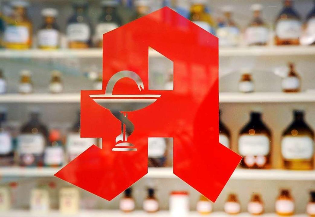 In beiden Apotheken fiel auf, dass das Rezept gefälscht war (Symbolfoto).    Foto: Uli Deck (dpa)