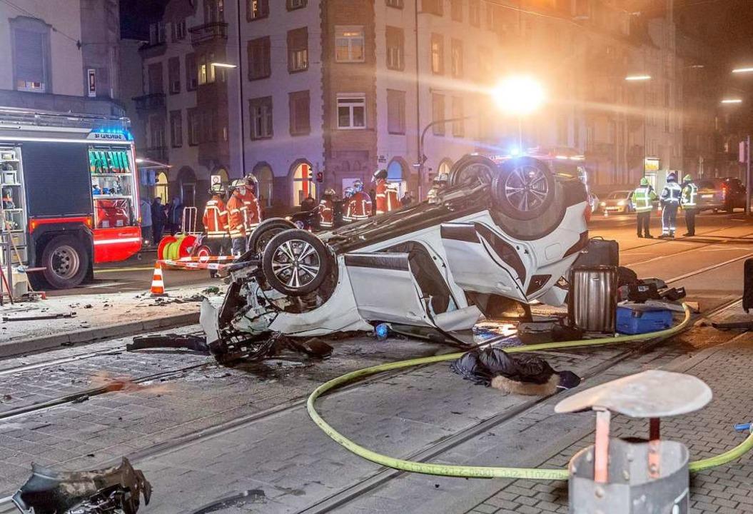 Der 48-Jährige hat am Dienstagabend zu... Unfälle im Raum Karlsruhe verursacht.  | Foto: Aaron Klewer (dpa)