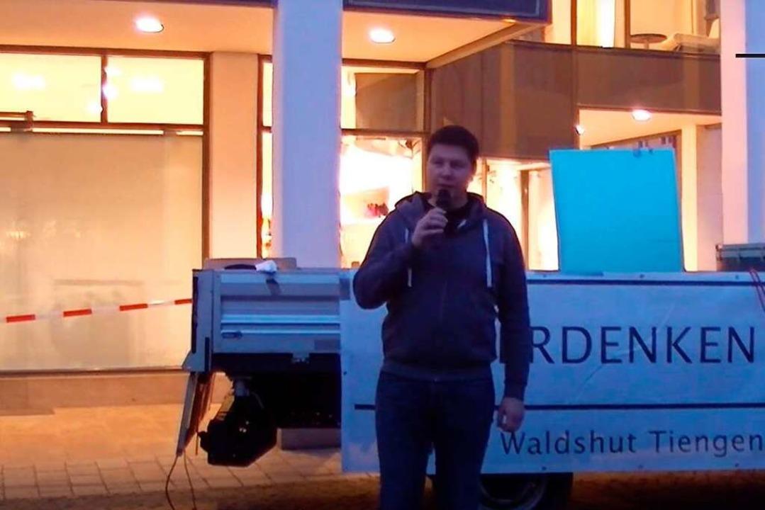 Jörg Müller bei seiner Rede  | Foto: Screenshot BZ