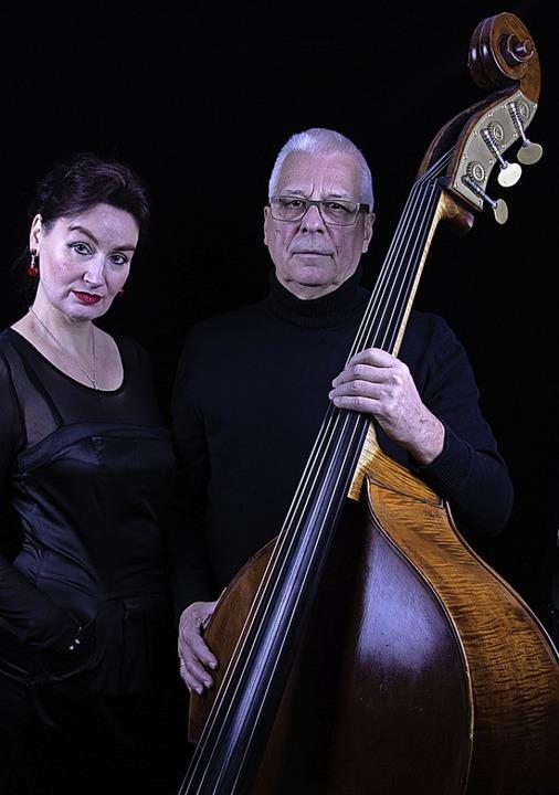 Musica Grande, das sind die Sopranisti...d der Kontrabassist Wolfgang Gröschel.  | Foto: Musica Grande