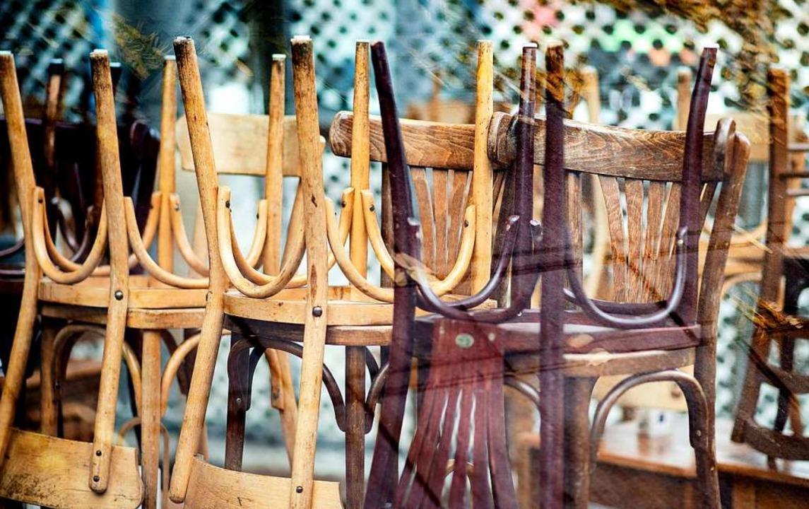 Seit Anfang November sind Restaurants und Cafés geschlossen.  | Foto: Hauke-Christian Dittrich (dpa)