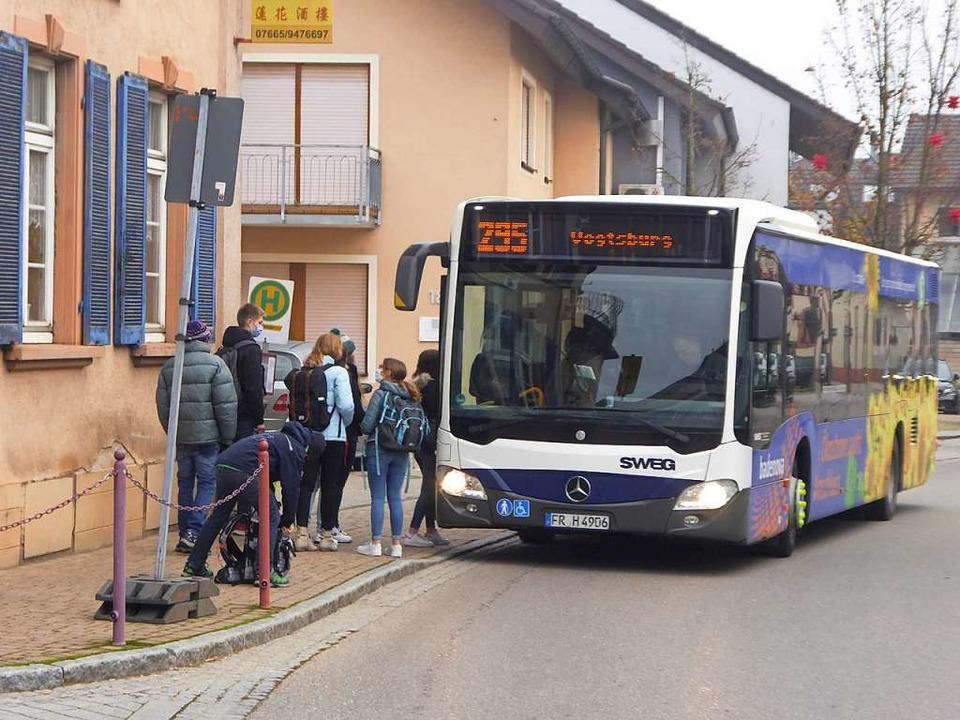 In Gottenheim werden die Busse des Sch...lten, wie jetzt schon die Linienbusse.  | Foto: Manfred Frietsch