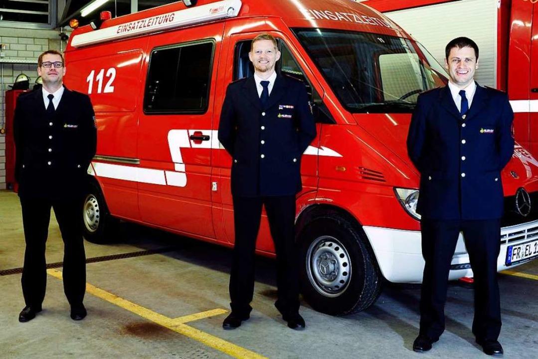 Die Staufener Feuerwehrleitung vor dem...Gramelspacher (Zweiter Stellvertreter)  | Foto: Bernhard Seitz