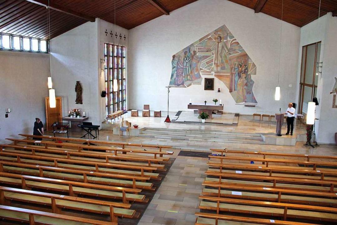 Nur behutsam soll  auch in der Kirche ...mer empfiehlt sich da wohl eher nicht.    Foto: Rolf Reißmann
