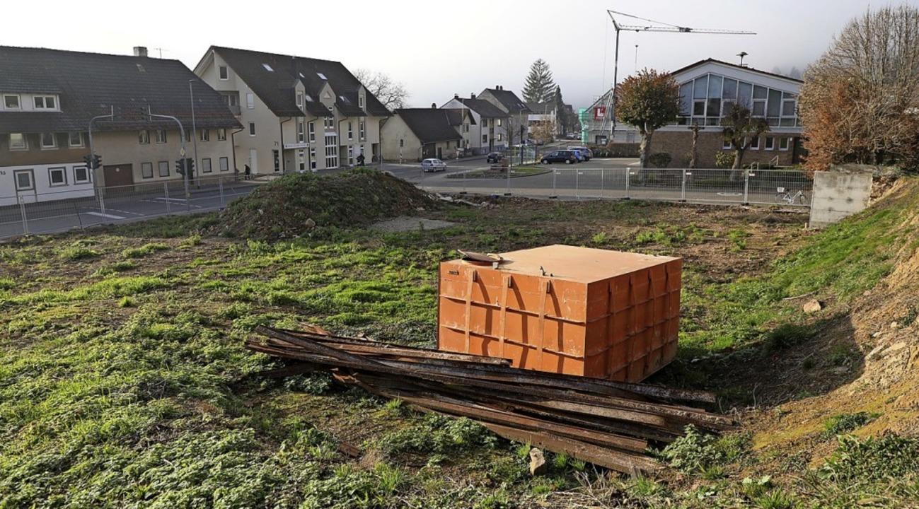 Wo das Gasthaus Lamm stand, entstehen Wohnungen.   | Foto: Christoph Breithaupt