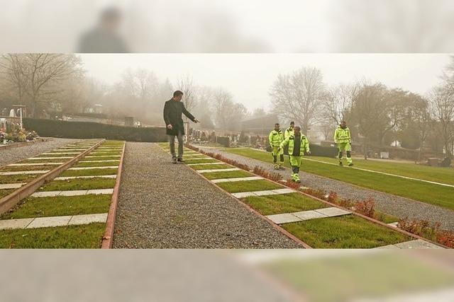 Plätze für weitere Urnengräber