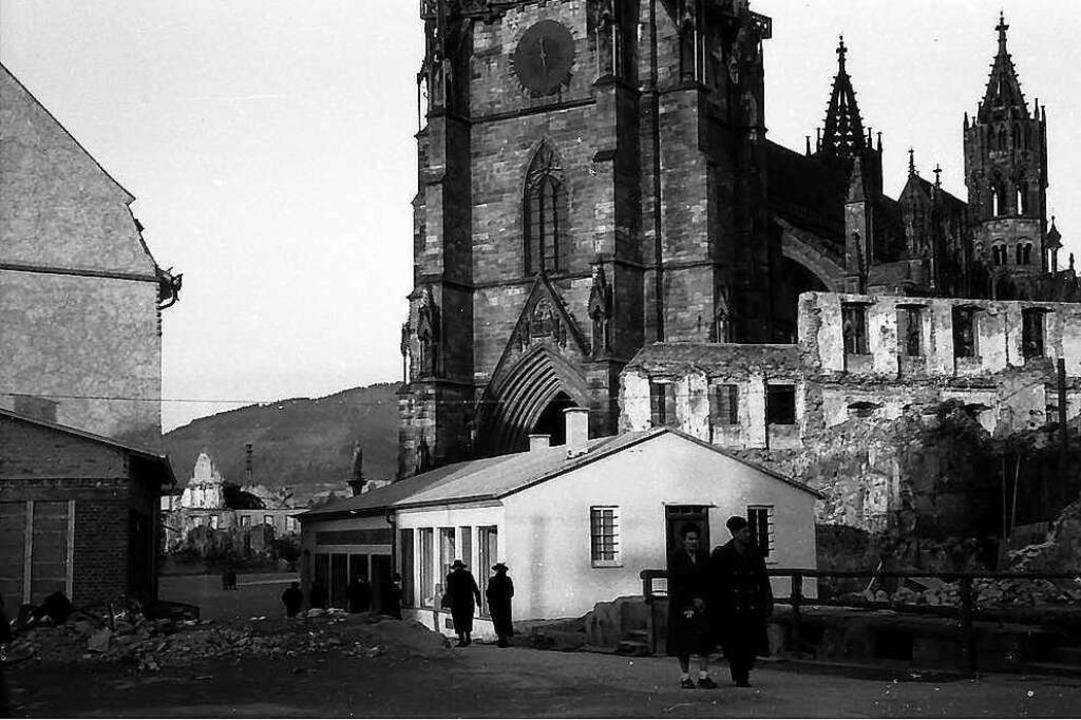 Behelfsbauten in der Nähe des Münsters, vermutlich im März 1950.  | Foto: Willy Pragher (Landesarchiv Ba-Wü)