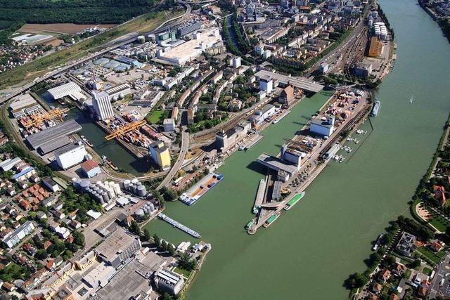Basel entscheidet am Sonntag über den Bau eines neuen Hafenbeckens