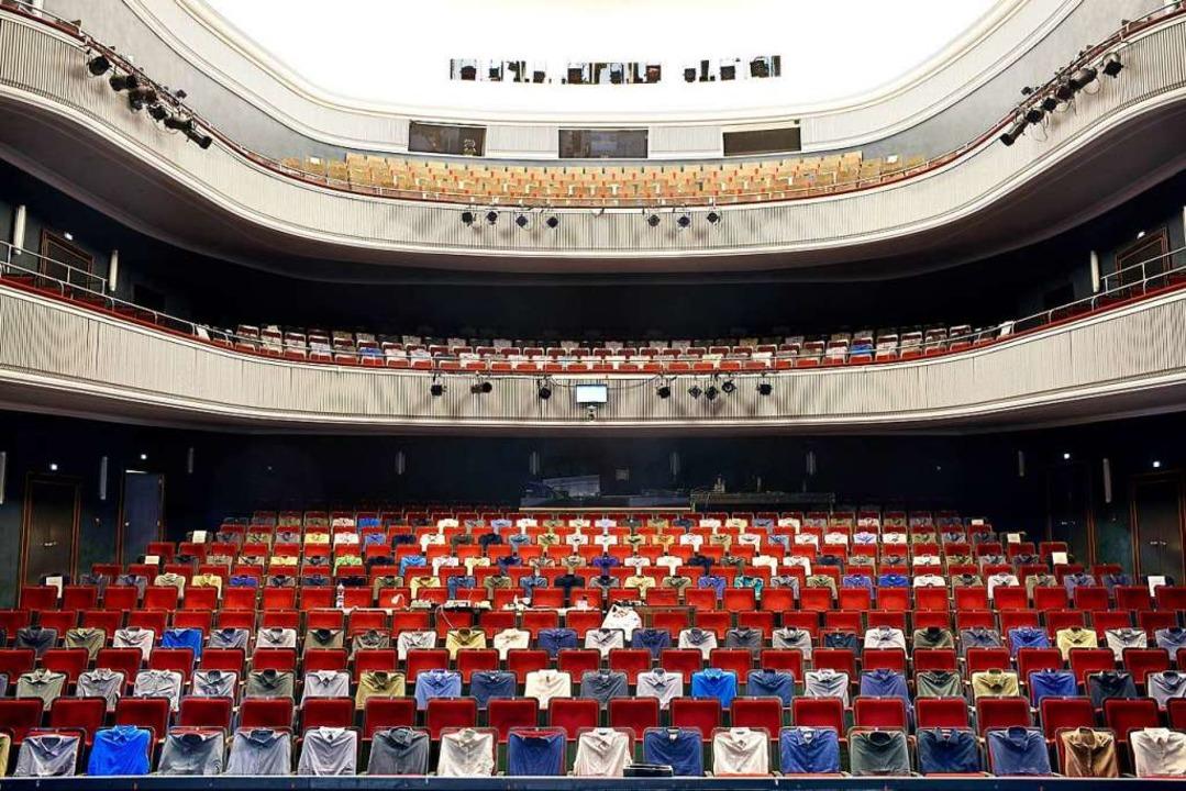 Das Große Haus des Theaters Freiburg u...ndestens 14. Januar 2021 menschenleer.  | Foto: Thomas Kunz